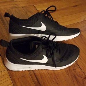 Nike Airmax Thea size 7.5